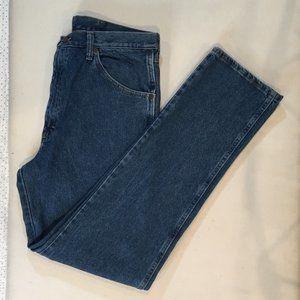 Wrangler Men's Blue Jeans Size 35/34